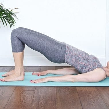 kalm-pilates-sarah-vrancken- shoulder bridge pose